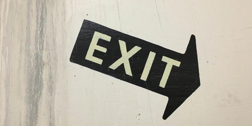 exit-horizontal
